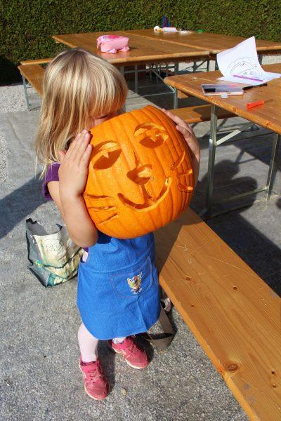 Izrezovanje buč - otroška delavnica