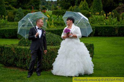Fotografiranje poroke v dežju