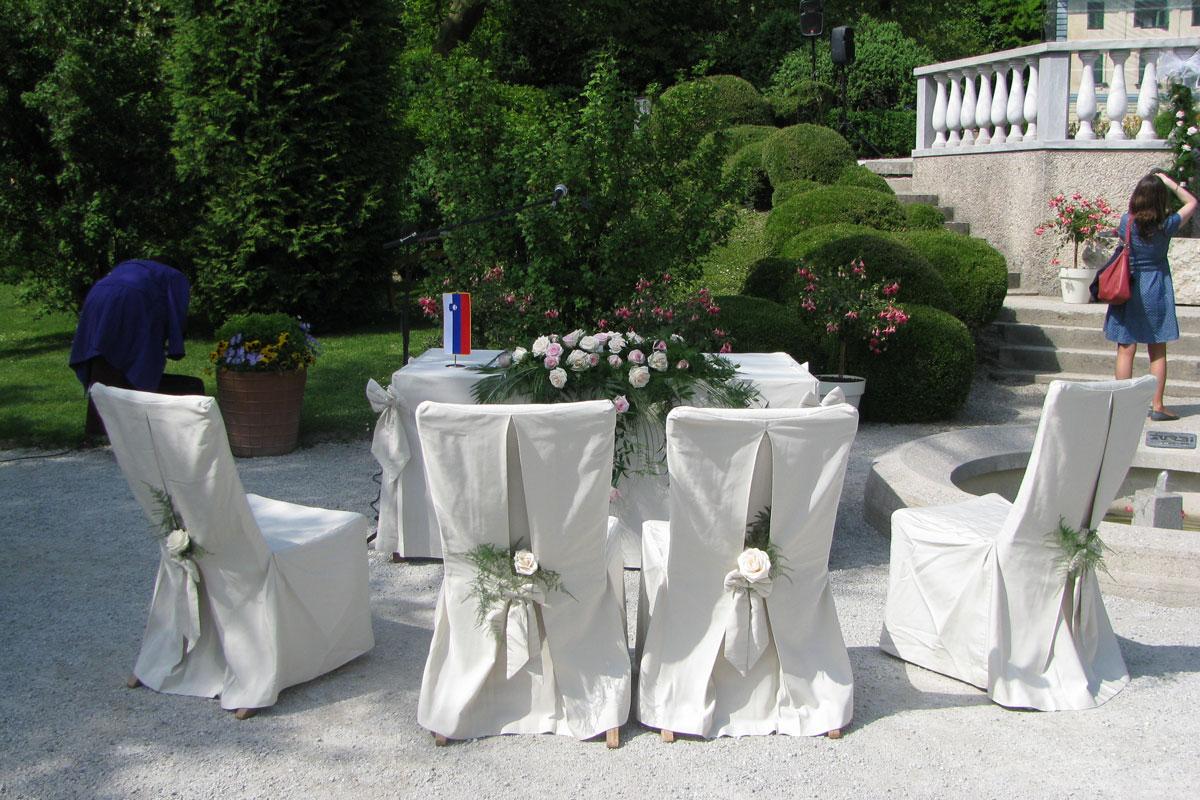 Poroka v Francoskem vrtu