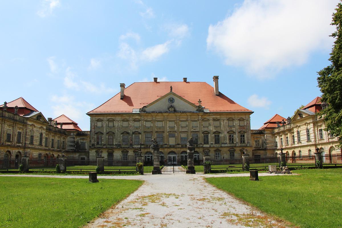Dvorec Dornava